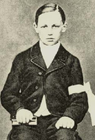 arthur-rimbaud-at-the-time-of-his-first-communion-age-11-18661