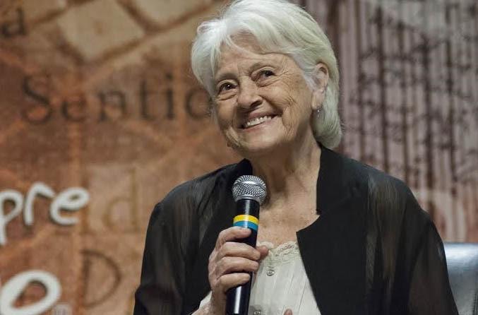 Adélia Prado será a autora homenageada do Prêmio Jabuti 2020