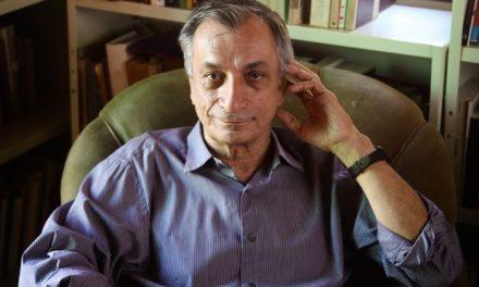 Entrevista com o Poeta e Acadêmico Antonio Cicero